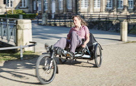 Maria riding the Kettwiesel Evolution recumbent trike